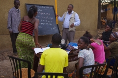 L'Alphabétisation des jeunes au Centre d\'Apprentissage Multifonctionnel de Matoto
